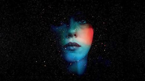Immortalité, cosmos et visage dans Under the skin, un film de Jonathan Glazer