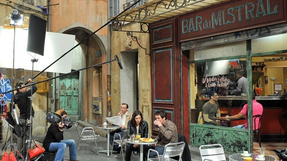 plus-belle-la-vie-bar-du-mistral-3
