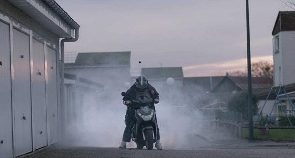 Willy 1er essaye son scooter