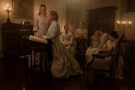Nicole Kidman, Kirsten Dunst, Elle Fanning et les femmes dans Les Proies