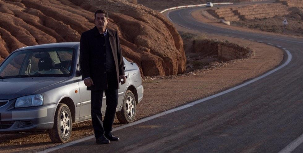 Mohamed Djouhri sur la route dans En attendant les Hirondelles