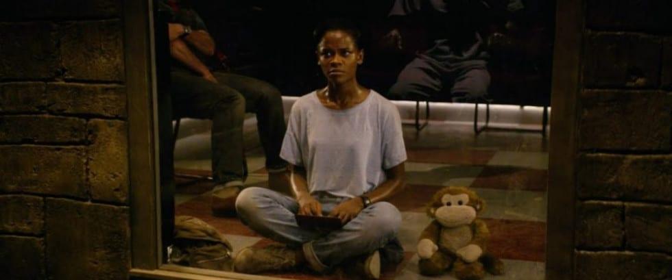 Nish, l'ourson et l'hologramme du condamné à mort dans Black Mirror Saison 4
