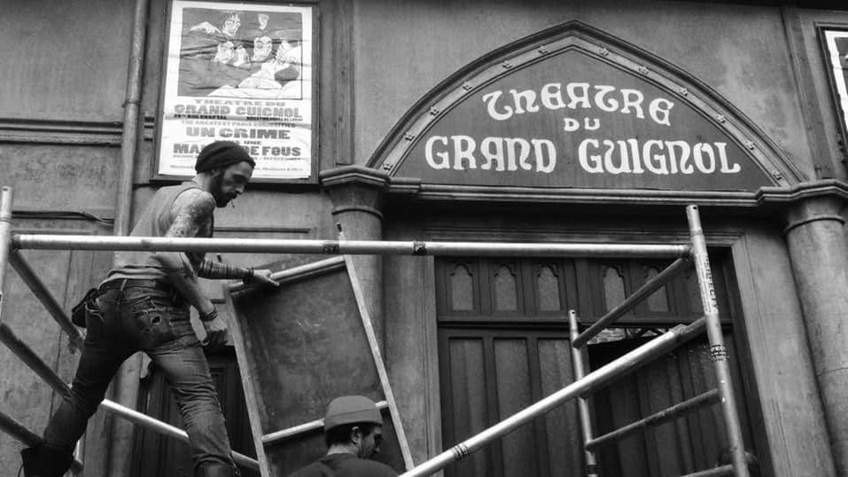 Le Théâtre de Grand Guignol dans La femme la plus assassinée du monde