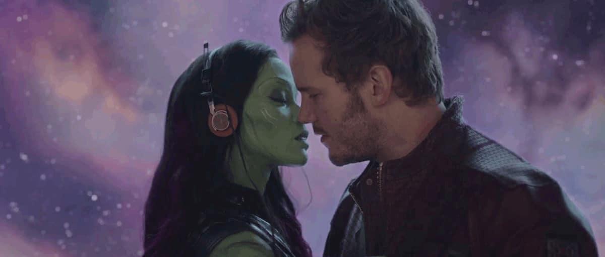 Chris Pratt et Zoe Saldana s'embrassent en musique