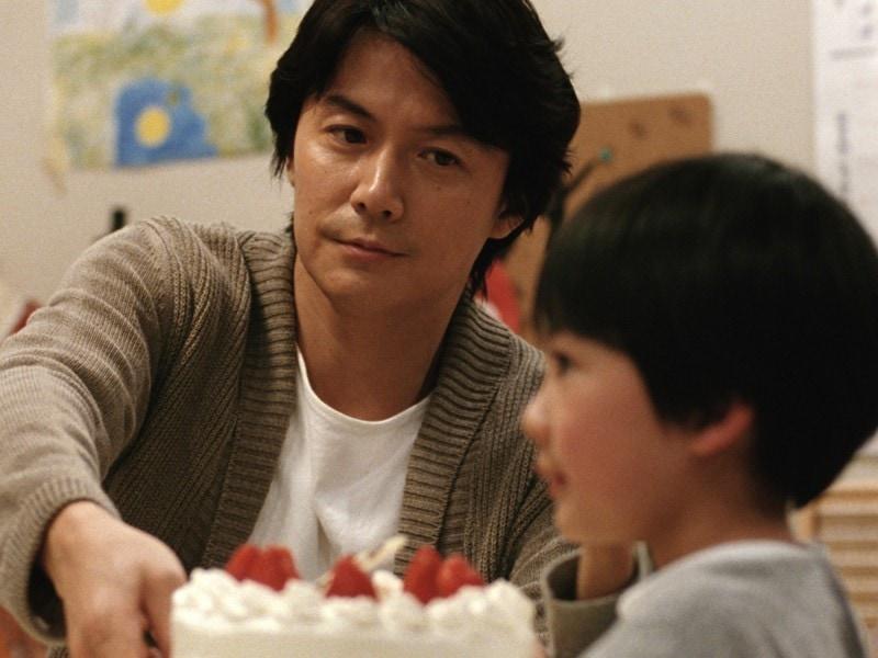 Masaharu Fukuyama dans Tel père tel fils
