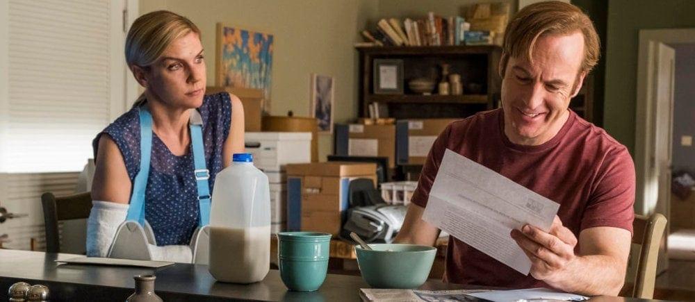 Jimmy McGill et Kim Wexler dans Better Caul Saul Saison 4
