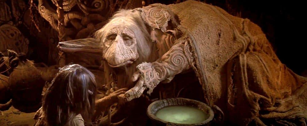 La vieille marionnette et l'enfant dans Dark Crystal