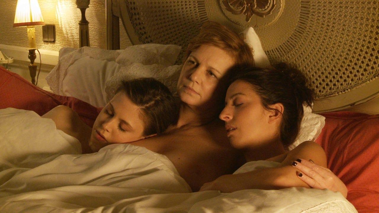 Les trois actrices au lit dans Que le diable nous emporte de Jean-Claude Brisseau