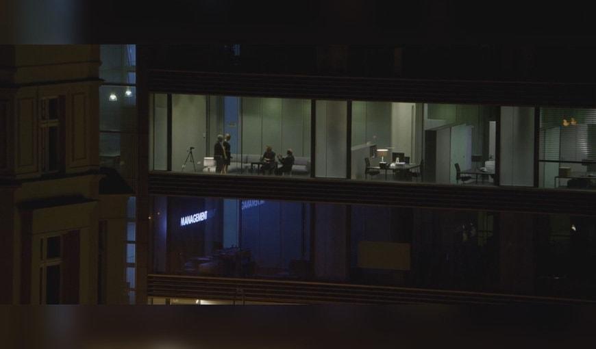 L'équipe de management dans Les Amitiés Invisibles de Christoph Hochhäusler