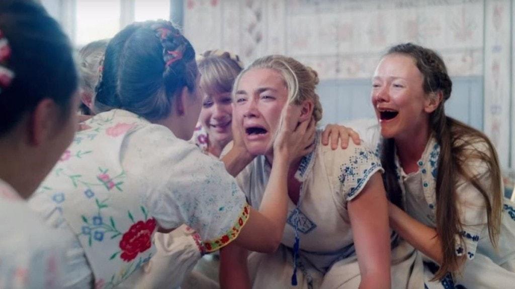Florence Pugh en pleurs dans Midsommar d'Ari Aster