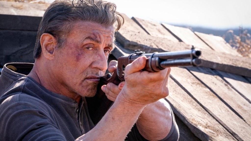 Sylvester Stallone en pleine action dans Rambo : Last Blood