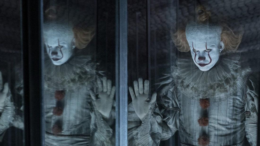 Le clown dans le palais des glaces dans Ça : Chapitre 2