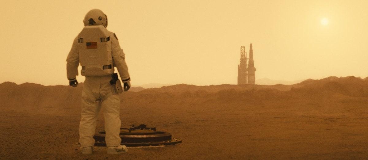 Brad Pitt sur Mars dans Ad Astra