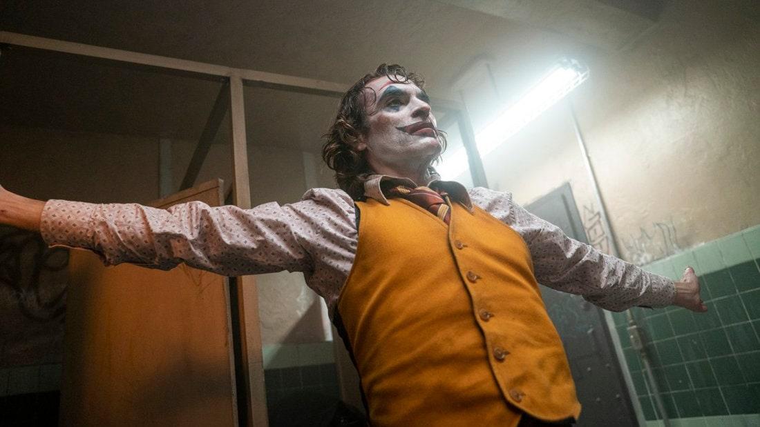 Joaquin Phoenix prépare son show dans Joker