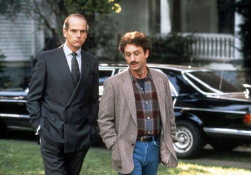 Von Bülow (Jeremy Irons) et son avocat (Ron Silver) dans Le Mystère von Bülow
