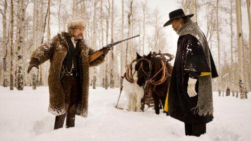 Samuel L. Jackson et Kurt Russell dans la forêt dans Les Huit Salopards