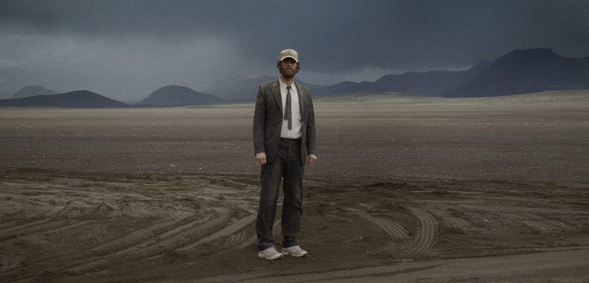 Trond Fausa Aurvåg dans le désert dans Norway of Life