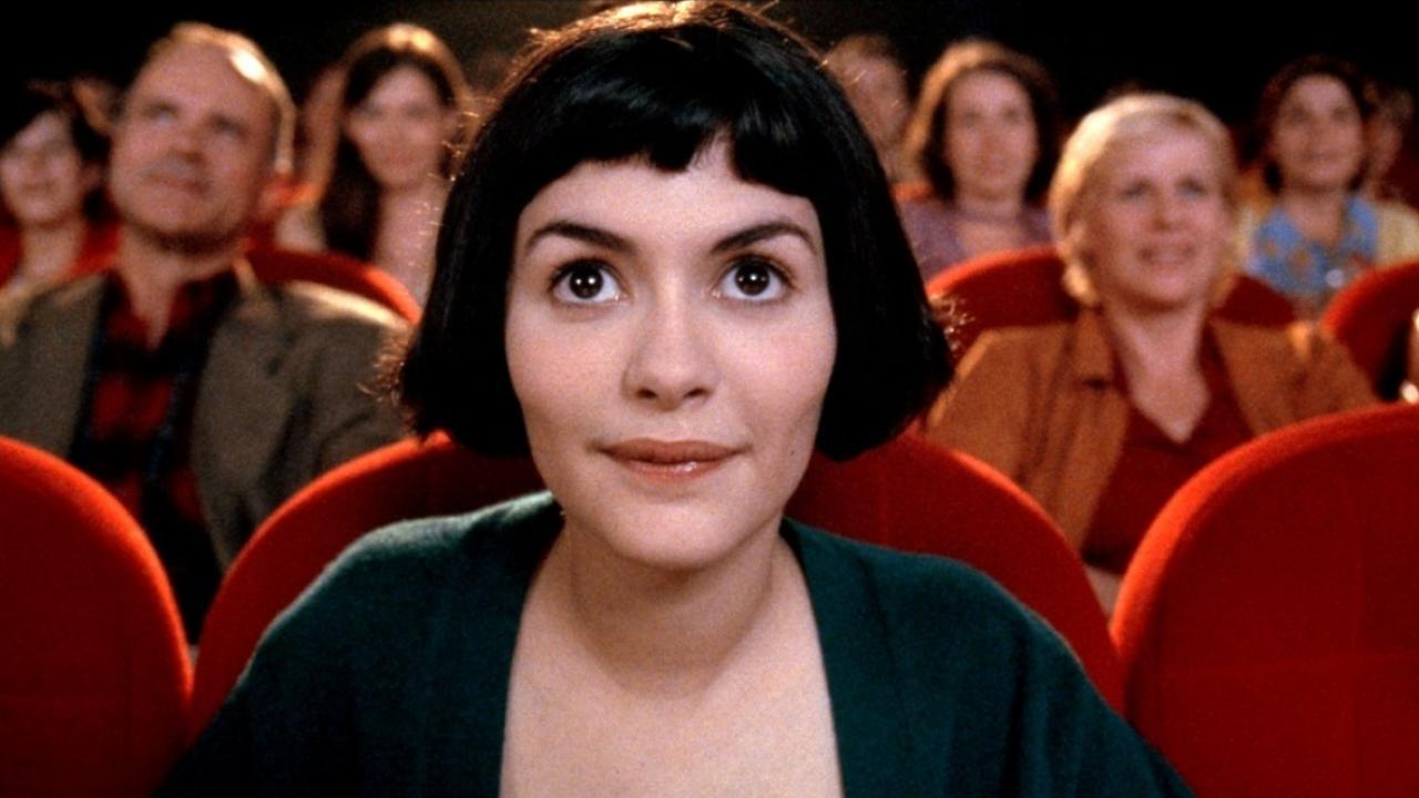 Amélie Poulain (Audrey Tautou) au cinéma dans Le Fabuleux Destin d'Amélie Poulain