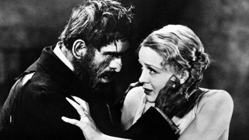 Margaret Waverton (Gloria Stuart) et Morgan (Boris Karloff) dans La Maison de la Mort