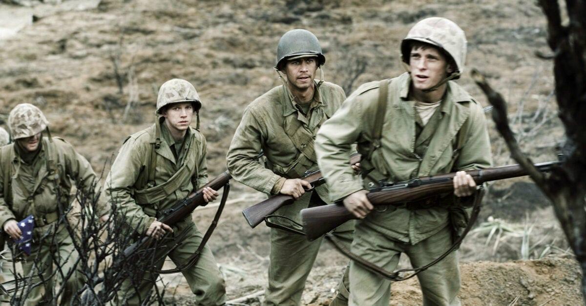 Les quatre soldats sur le front dans Mémoires de nos pères